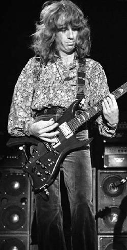 Brad Whitford
